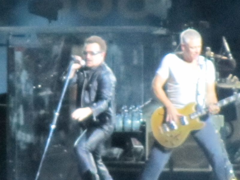 Bono at U2 at o.co coliseum 6/7/11