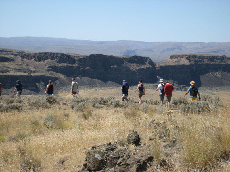 Phishheads hiking at The Gorge 8/6/11