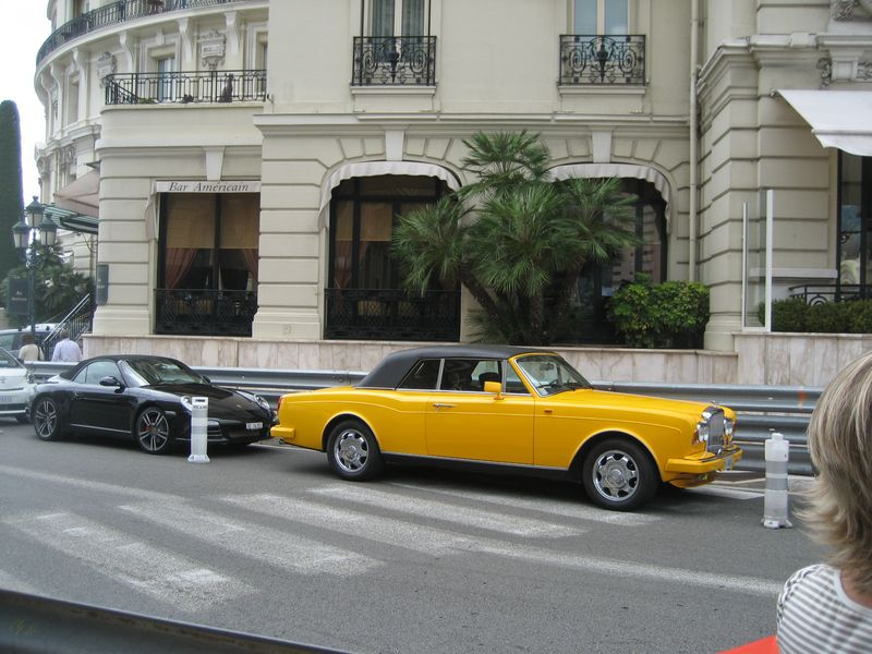 Monte Carlo Monaco, Hotel de Paris, Yellow Bentley