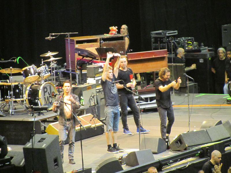 Pearl Jam at Oslo Spektrum 7/9/12