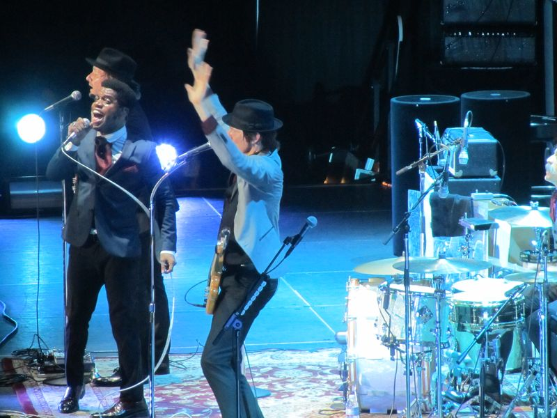 Vintage Trouble opens for the Who 2/1/13